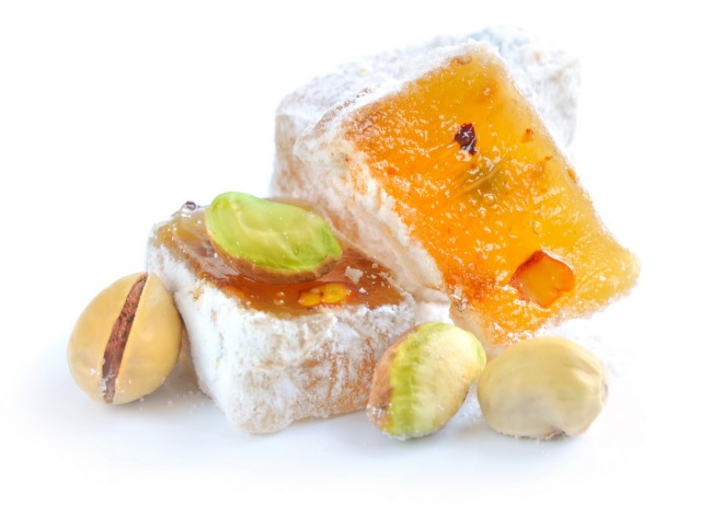 Turkish delight (lokum) with pistachios_resize