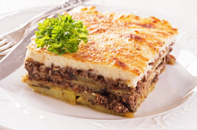 Greek moussaka with minced meat_resize